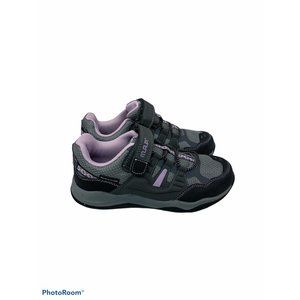 Girl's M.A.P. Rappel sneakers size 4